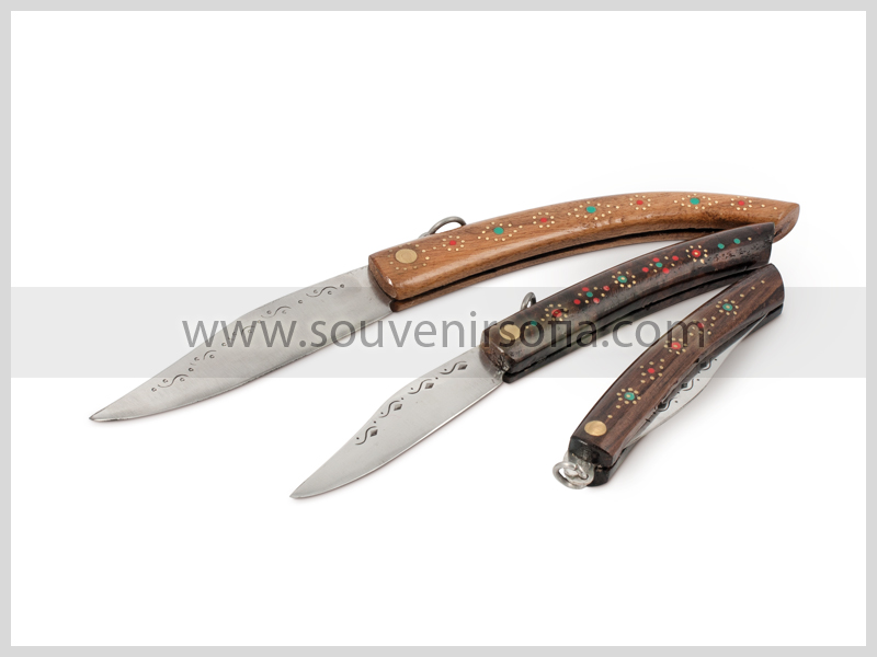 """1913f9bb203 Сгъваем нож """"Сойка"""" с дървена дръжка   Магазин на 26 години за ..."""